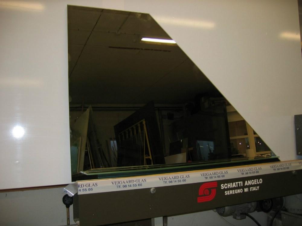 spejl på mål Montering af Spejle, Vinduer og Glas efter mål i Aalborg spejl på mål
